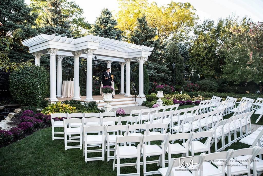 wedding ceremonies great wedding venue near chicago