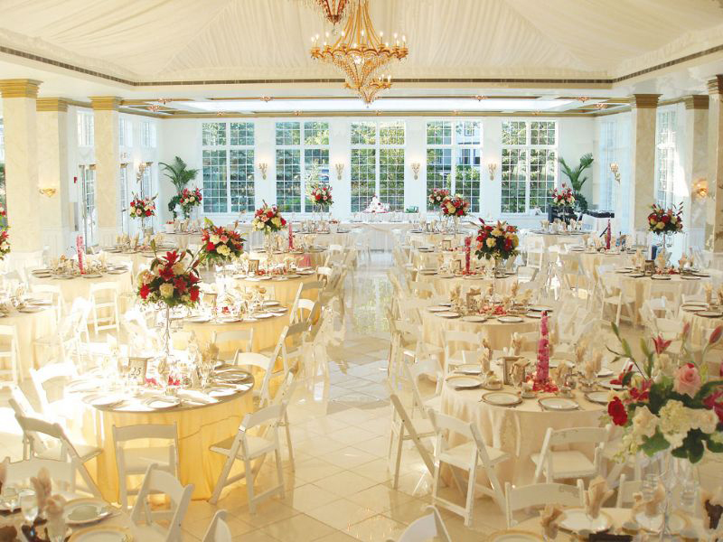 wedding locations with a large indoor ballroom